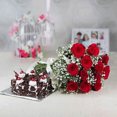 Cakes And Flowers Delivery In Hyderabad